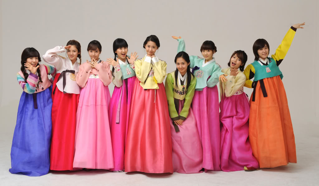 4916a009041 4 on 50 Things about Korea – Hanbok (한복)
